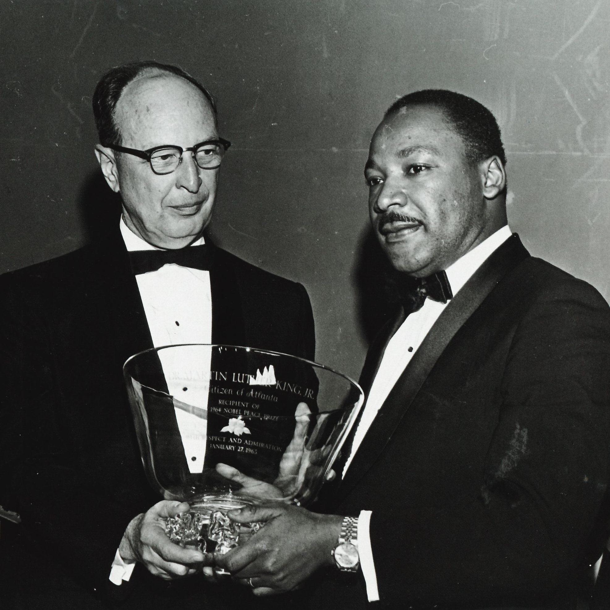 Dr. Martin Luther King Jr. receiving a Steuben gift
